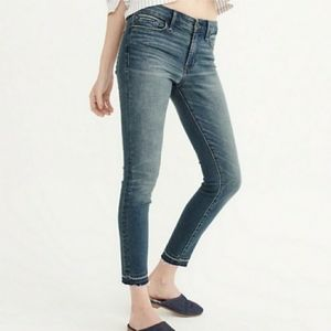 NWT ABERCROMBIE & FITCH Harper Low Rise Ankle Jean
